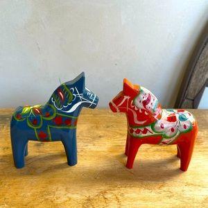 DALA Hand Painted Carved Wood Set-2 Horses Sweden